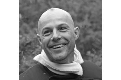 <b>Sébastien Frémont</b><br />Rédacteur dans<br />SOLDATS DU FEU magazine et<br />Véhicules d'incendie magazine<br />Auteur et photographe